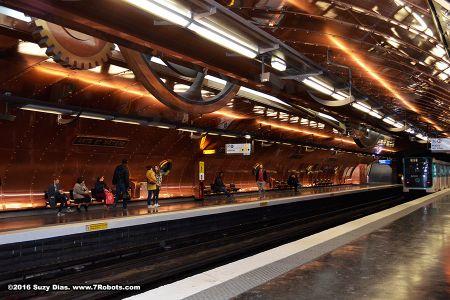 Suzy-dias-arts-metiers-metro2
