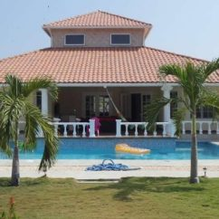 Large Kitchen Islands For Sale Painted Cabinets 4 Bedroom Home In Coronado, Panama - 7th Heaven ...