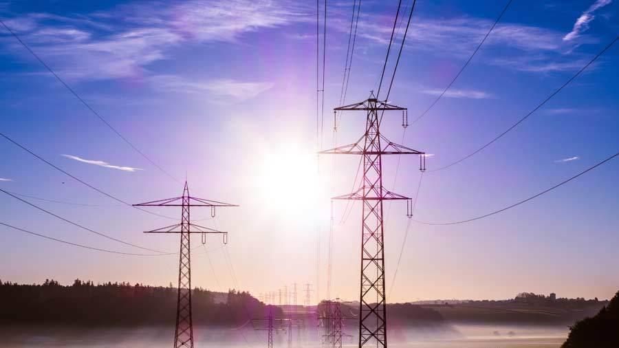 Varsler prissjokk for strømkunder