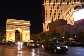 Las_Vegas_Casino_Kasyno_Luk_triumfalny_Robert_Stuczynski_Noise_blog