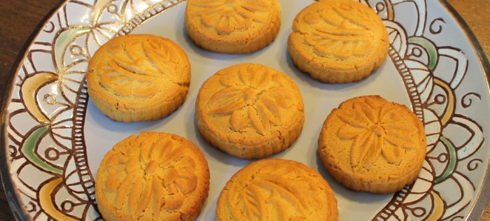 Coconut mooncakes featured copy