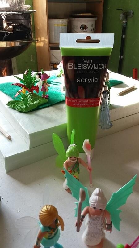 Playmobil diorama Unicorn paint