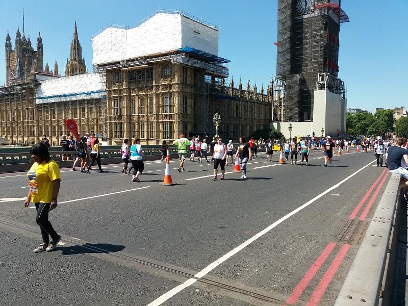 London tips stayng Big ben