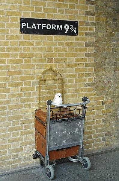 Platform 9 3/4 Kings Cross London Harry Potter