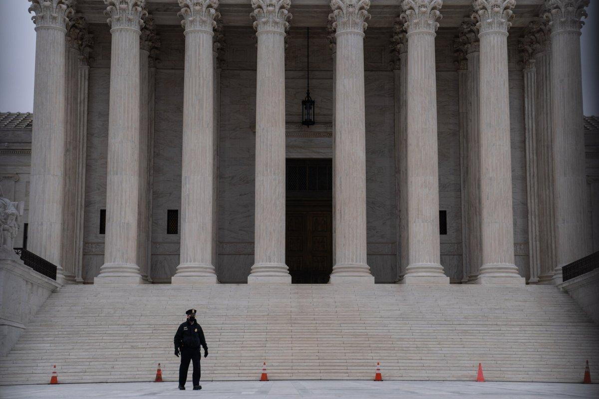 How Far Does 'Hot Pursuit' Go? Justices Uncertain