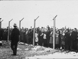 """NYT: Japanese Americans Seek Answers at """"Internment"""" Camp"""