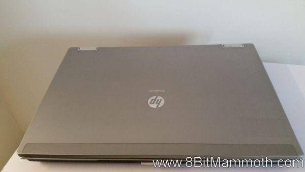 HP EliteBook 8440p Notebook lid down photo
