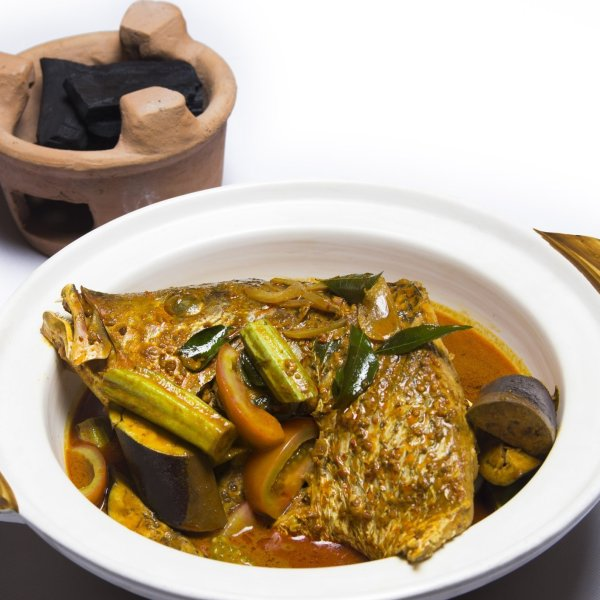 curry fish head by 8 crabs crab delivery singapore