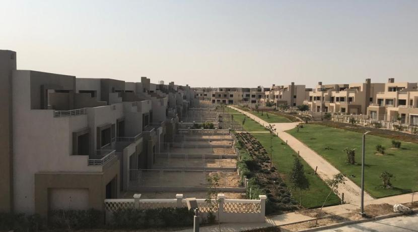 Golf Extention Palm Hills-Town House For Sale in Palm Hills October Golf Extention-8Gates Real Estate Egypt (3)