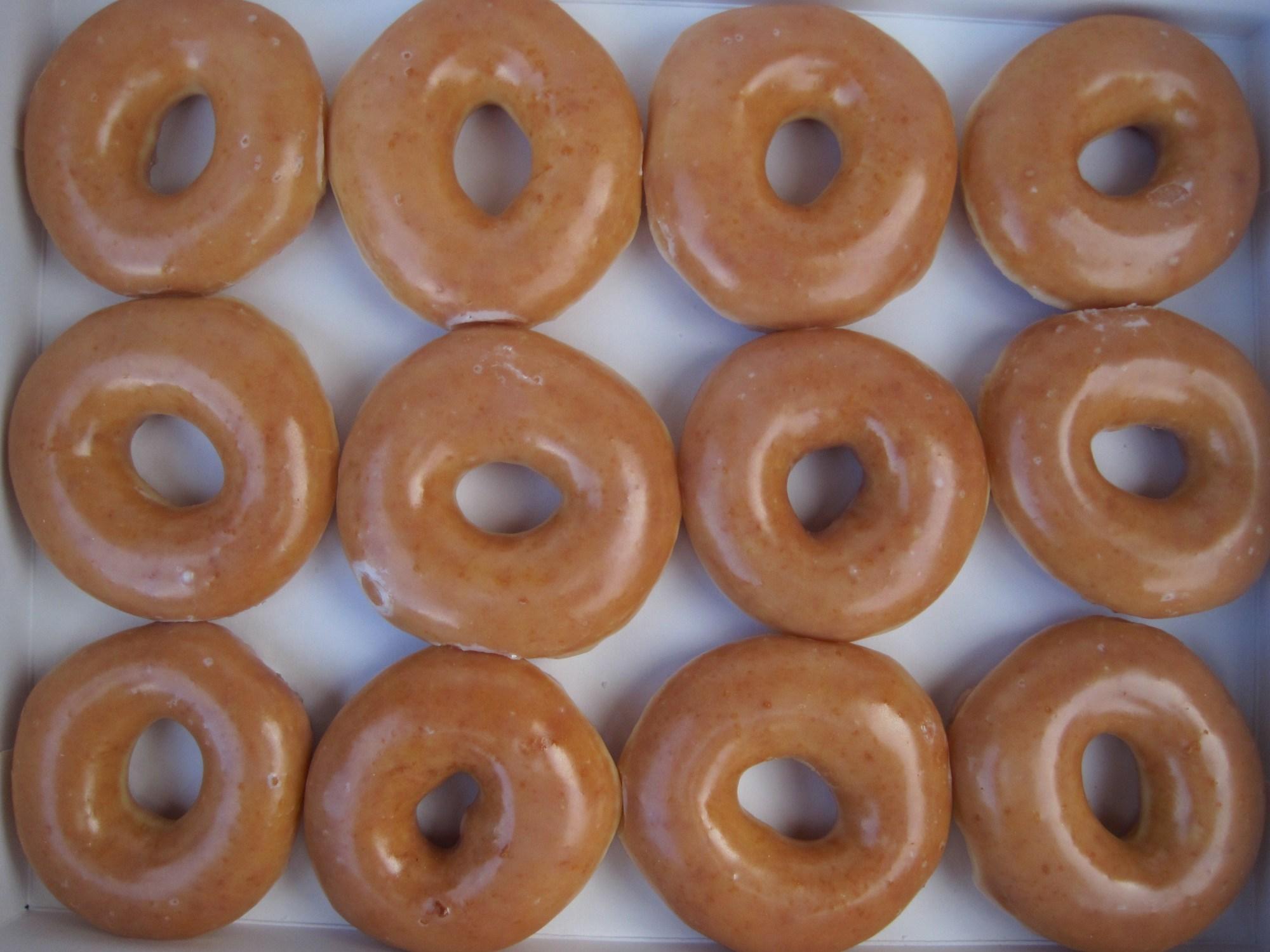 Krispy_Kreme_glazed_donuts_2_1502852977417.JPG