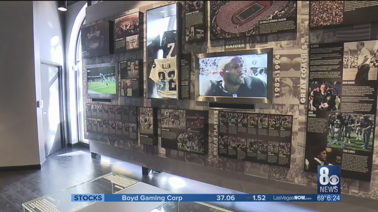 Raiders_Preview_Center_displays_franchis_0_20180206024929