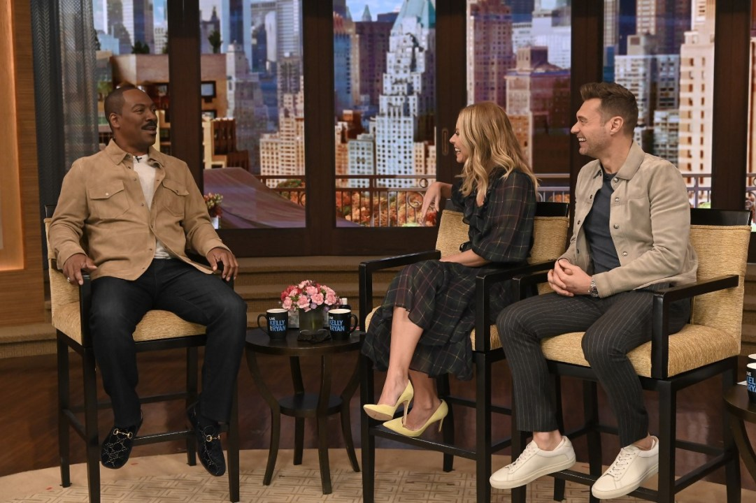 Live With Kelly And Ryan Heads To Las Vegas The Week Of