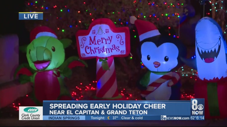 Valley residents spread cheer, decorate homes early for holidays