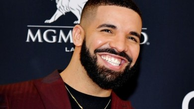 Photo of Drake To Fly Out A Nigerian Fan To One Of His Shows