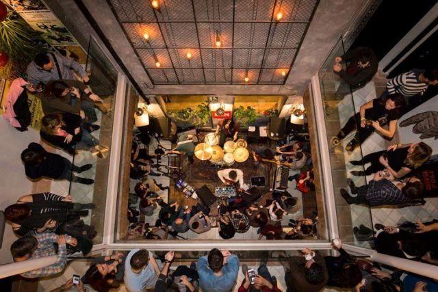 8-sorbos-de-inspiracion-lemon rock-granada-hotel-restaurante-bar-terraza-eventos-alojamiento-barato