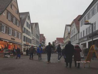 dunkel mit Schneeflocken in Kirchheim