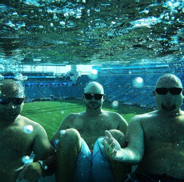 904 Happy Hour Article The Pools At Everbank Field