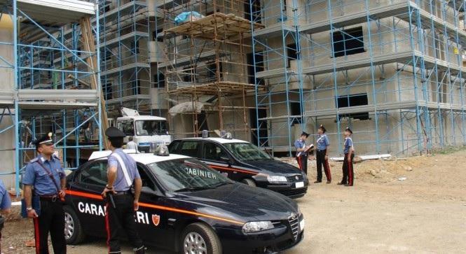 Controlli a tappeto nei cantieri della provincia: sospese due attività a Paternò