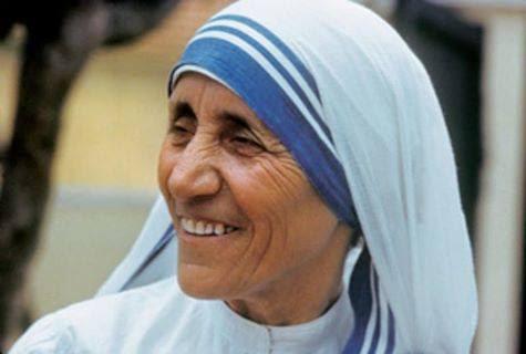 Madre Teresa di Calcutta sarà Santa: il 15 marzo il Papa firma canonizzazione