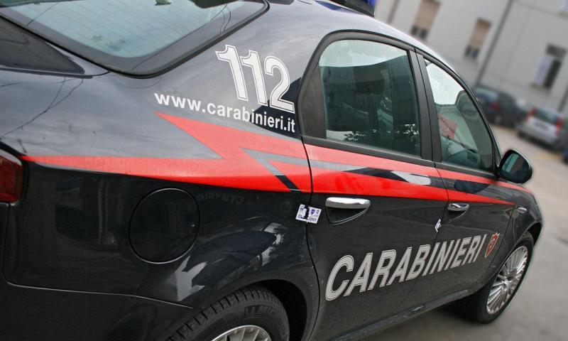 PATERNO': Si ribalta con trattore, ferito 40 enne