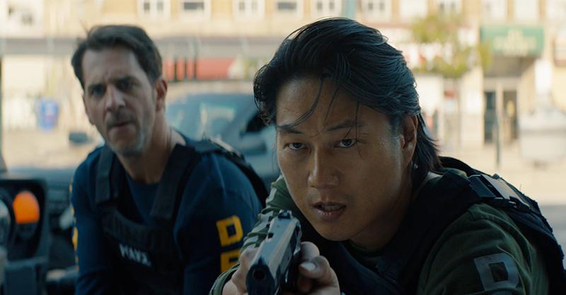 《8級警戒》讓《玩命關頭》「韓哥」起死回生改拿槍 綠箭俠X閃電俠因劇本出馬集資拍攝 : 98yp 電影影評線上看