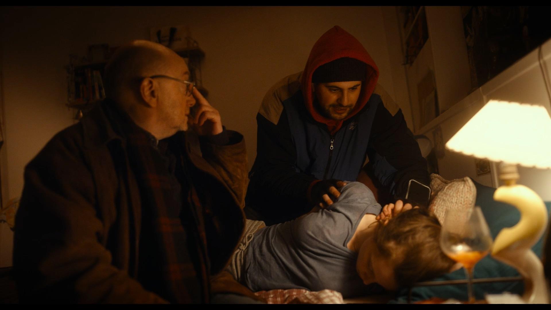 《我出去醫下》「法國博恩」外送員半路出家當醫生 趣味片名引發「統粉」朝聖 : 98yp 電影影評線上看