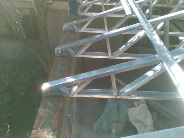 memasang plafon baja ringan 10 kelebihan dan kelemahan atap untuk bangunan