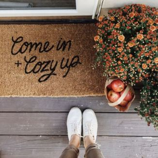 Easy But Inspiring Outdoor Fall Decoration Ideas 06