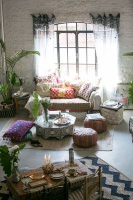 Modern Rustic Bohemian Living Room Design Ideas 43