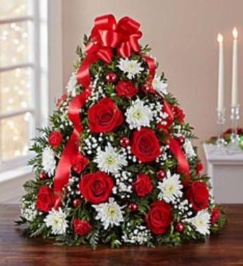 Space Saving Christmas Tree Ideas Suitable For Small Rooms 55