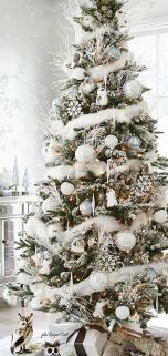 Easy And Creative DIY Christmas Tree Design Ideas You Can Try As Alternatives 02