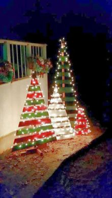 Easy And Creative DIY Christmas Tree Design Ideas You Can Try As Alternatives 28
