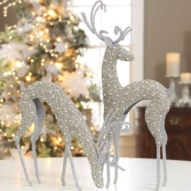 Elegant White Vintage Christmas Decoration Ideas 43