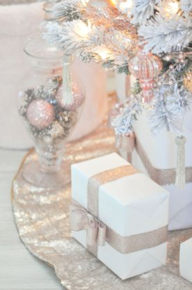 Elegant White Vintage Christmas Decoration Ideas 72