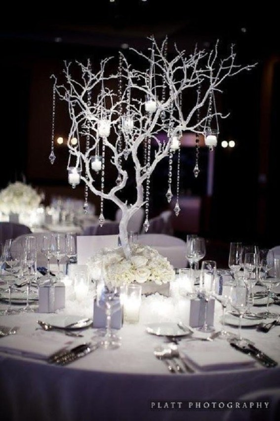 Elegant And Beautiful Tabletop Christmas Tree Centerpieces Ideas 42