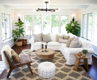 Inspiring Living Room Decoration Ideas With Carpet 48