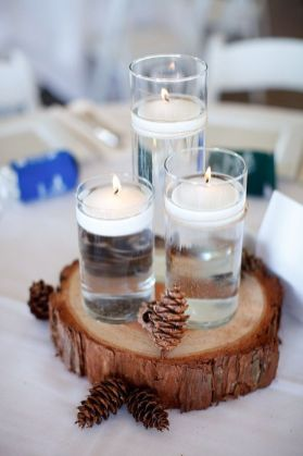 Inspiring Modern Rustic Christmas Centerpieces Ideas With Candles 82