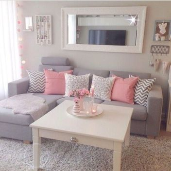 Modern And Elegant Living Room Design Ideas For Small Space 08