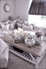 Modern And Elegant Living Room Design Ideas For Small Space 29