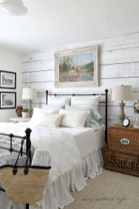 Modern And Elegant White Master Bedroom Decoration Ideas 84