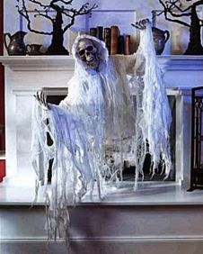 Scary But Classy Halloween Fireplace Decoration Ideas 23