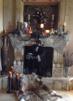 Scary But Classy Halloween Fireplace Decoration Ideas 84