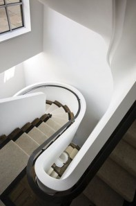 Totally Inspiring Residential Staircase Design Ideas You Can Apply For Your Home 01