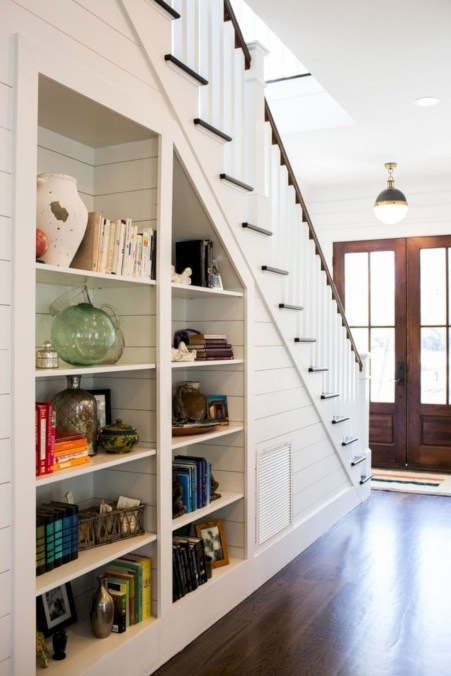 Totally Inspiring Residential Staircase Design Ideas You Can Apply For Your Home 99