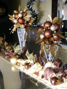 Totally Inspiring Red And Gold Christmas Decoration Ideas 01