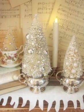 Totally White Vintage Christmas Decoration Ideas39