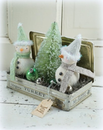 Totally White Vintage Christmas Decoration Ideas56