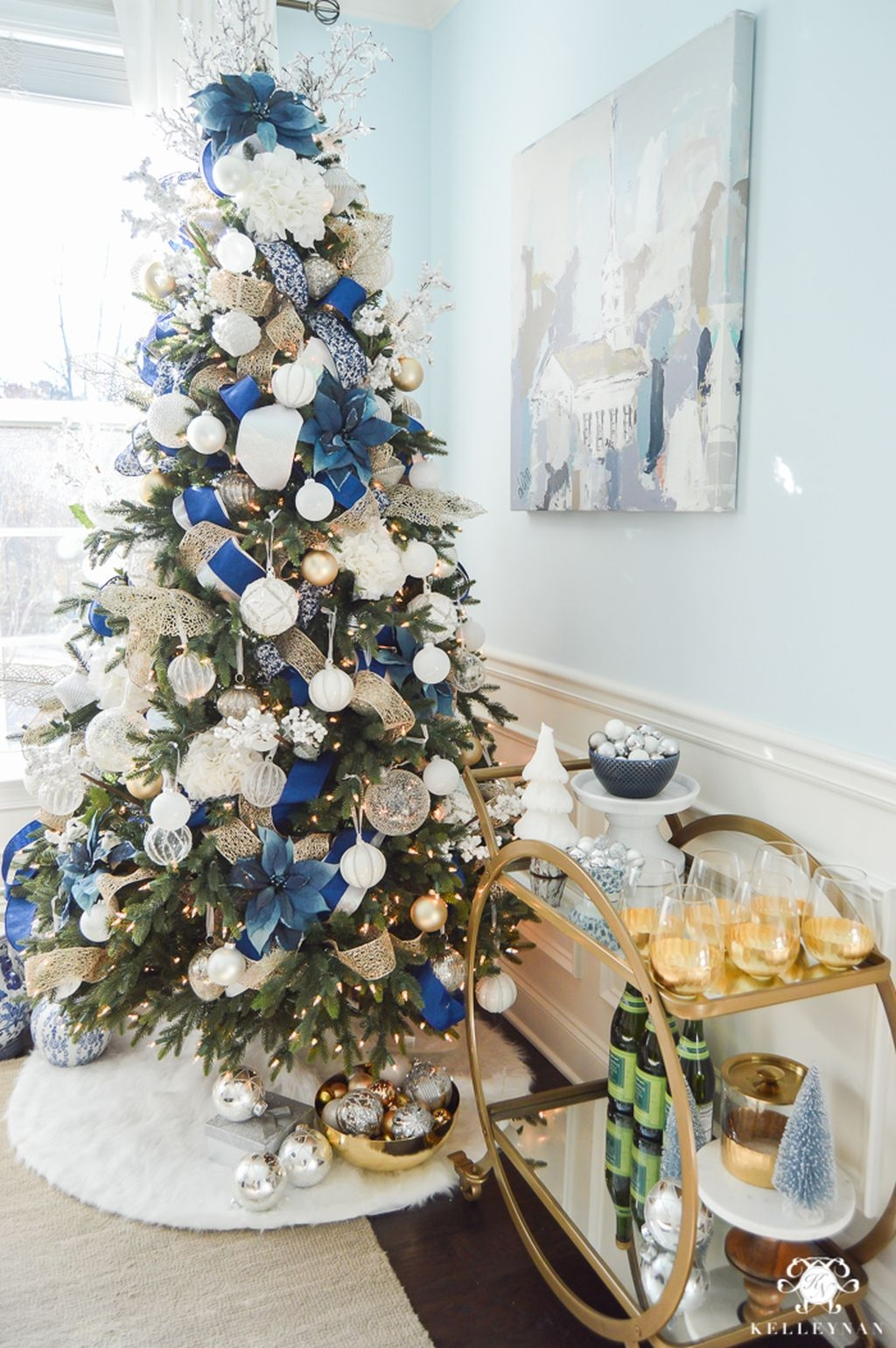 Traditional Christmas Decoration Ideas You Will Totally Love 29