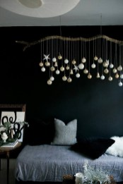 Unique And Unusual Black Christmas Decoration Ideas 45