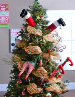 Unique But Inspiring Christmas Tree Toppers Decoration Ideas 03